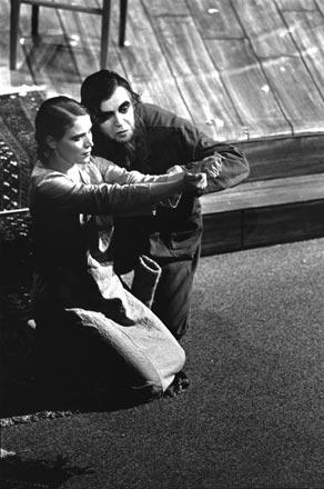 Regie Thomas Reichert, Eine Mutter von Maxim Gorki, 1995 Bayerisches Staatsschauspiel